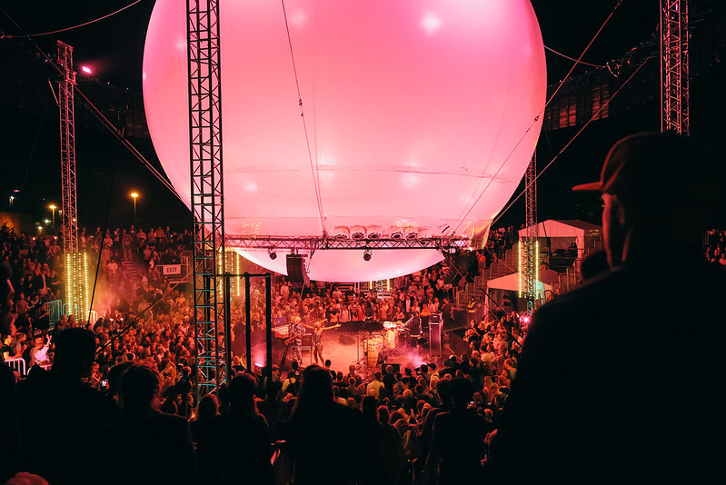 Balloon Stage