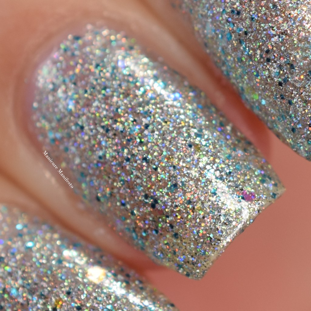 Girly Bits Dime And Dash swatch