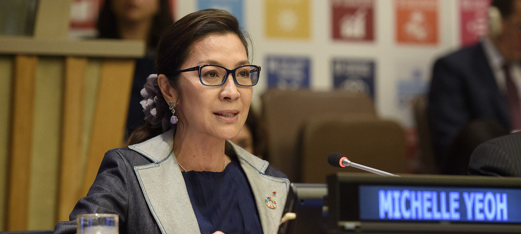 联合国开发计划署亲善大使、著名影星杨紫琼7月16日在2018可持续发展高级别政治论坛开幕式上致辞。圖片來源:联合国图片/Loey Felipe