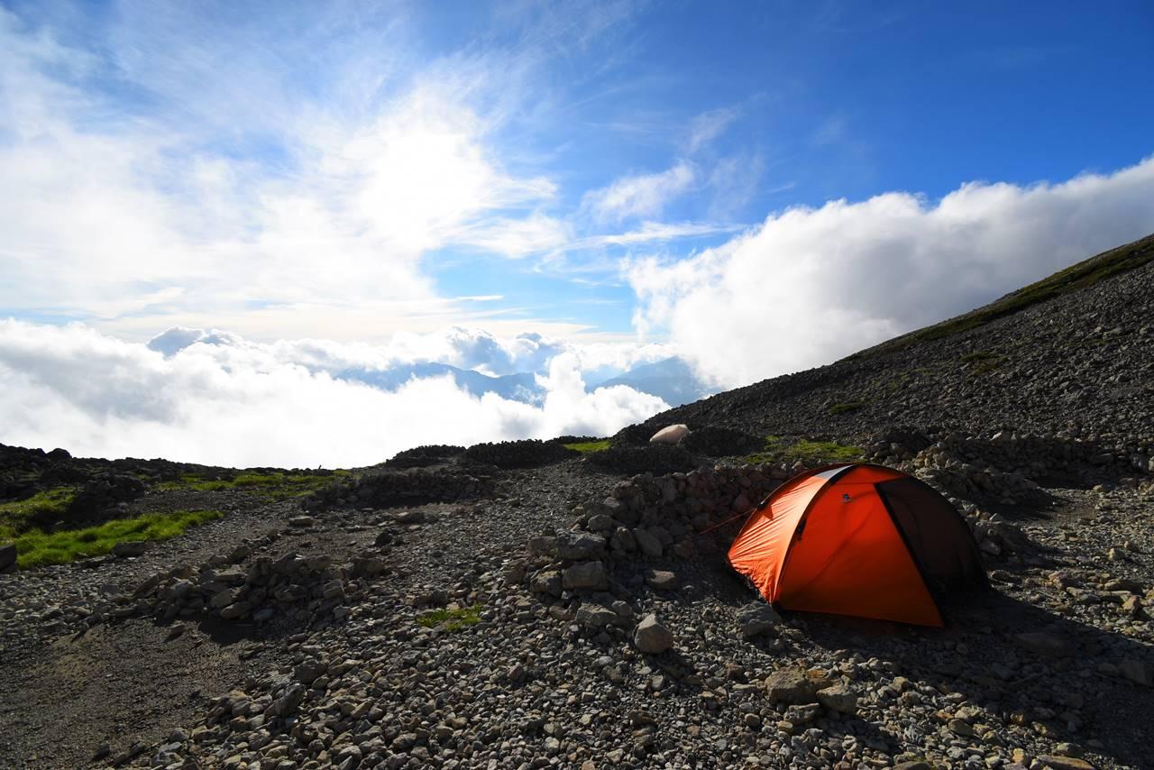 北アルプス・南岳小屋テント場からの展望
