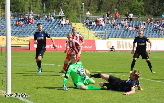 TuS Koblenz - TSV Steinbach 0:1 39804081360_10180d39e4_z