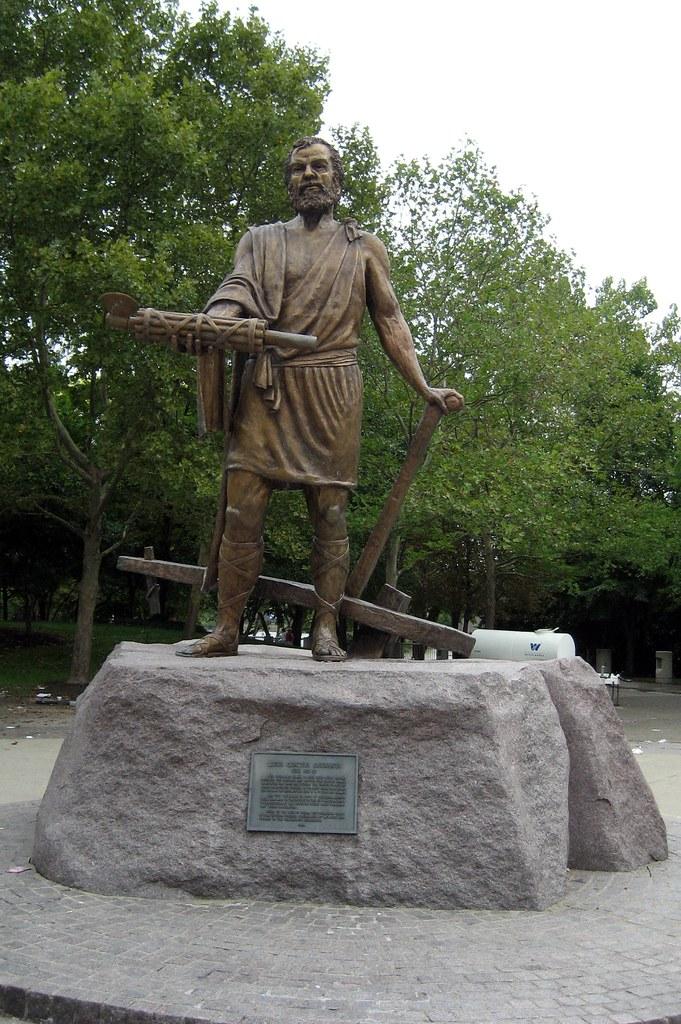 Cincinnati Sawyer Point Cincinnatus Statue Lucius