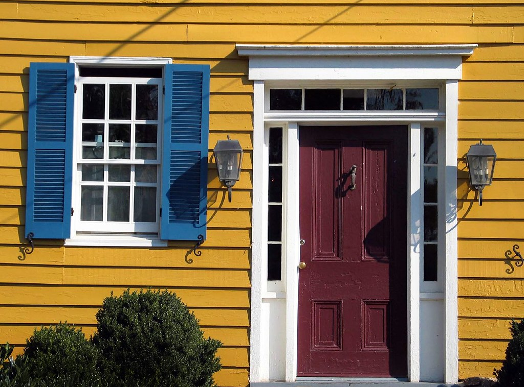 red door blue shutters yellow house | washington, virginia | jody