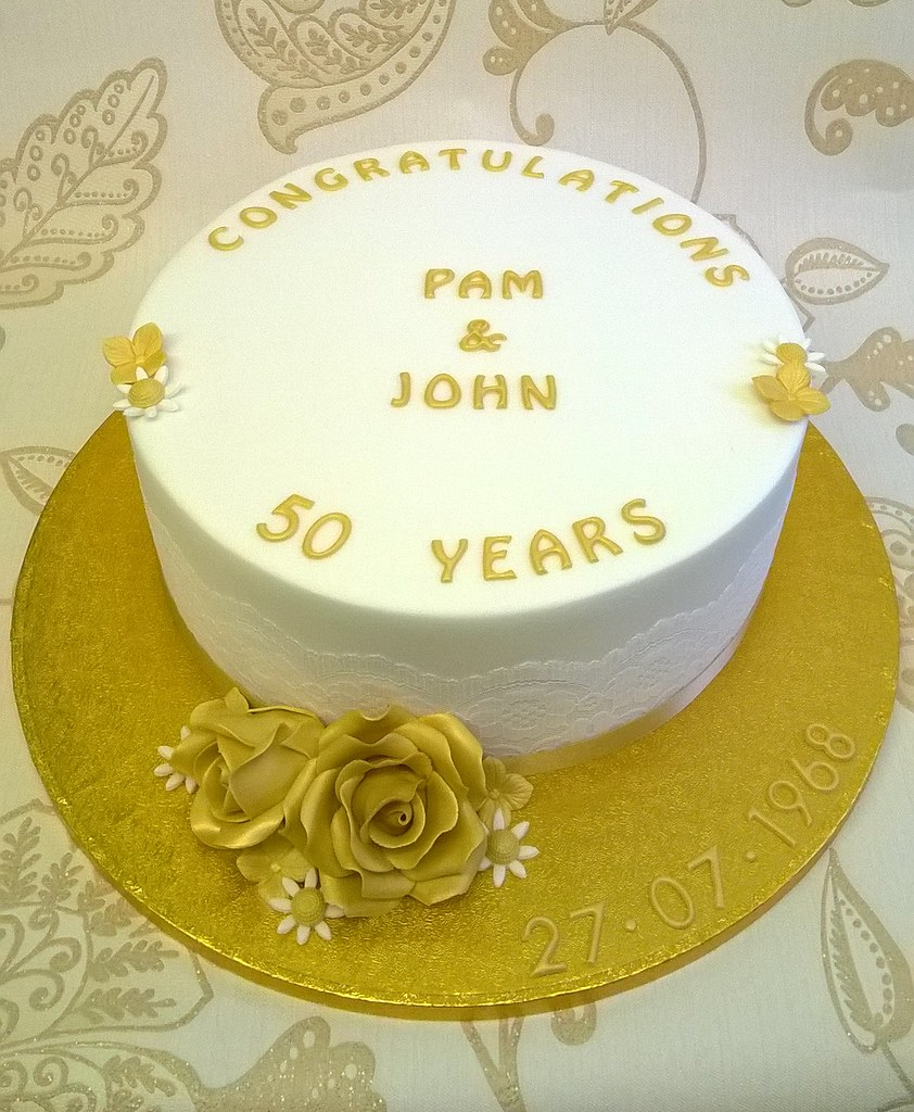Golden Wedding Anniversary Cake | A cake to celebrate 50 yea… | Flickr