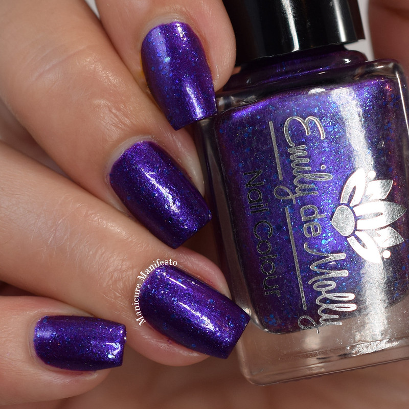 Emily De Molly Memories Of Midnight swatch
