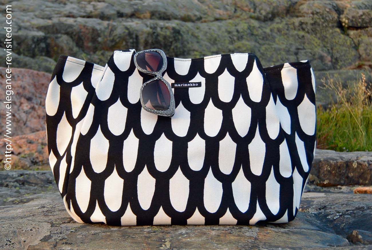 Marimekko black and white pattern