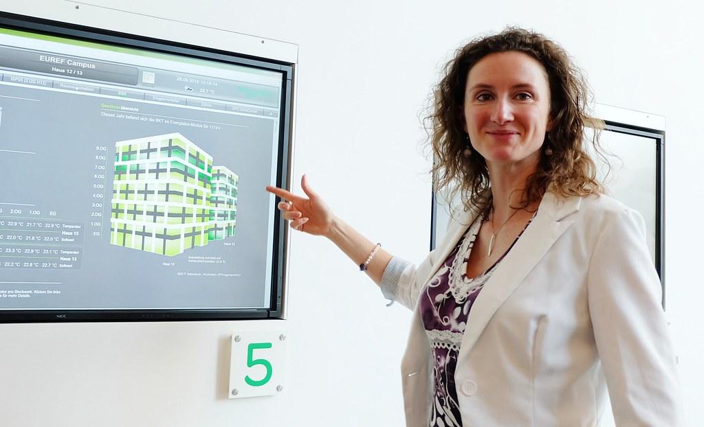 施耐德電機新能源系統商業發展主管寶格納(Kristina Bognar)