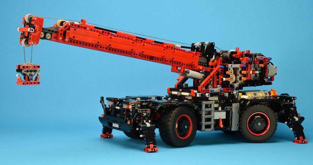 Review 42082 Rough Terrain Crane Part 2 Brickset Lego Set