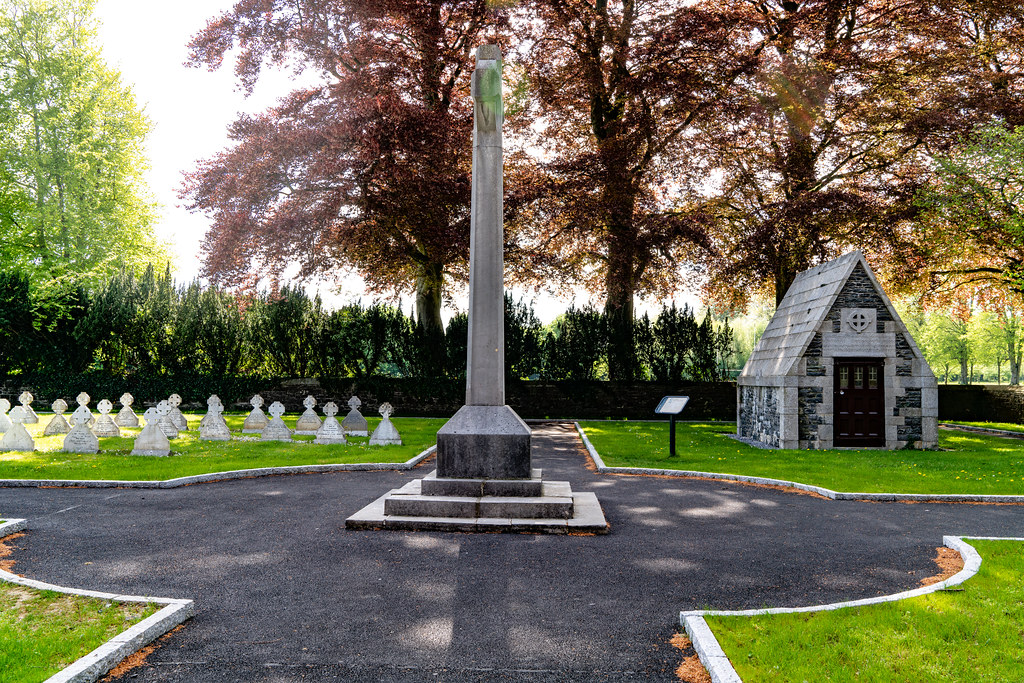 ST. PATRICK'S COLLEGE CEMETERY IN MAYNOOTH  001
