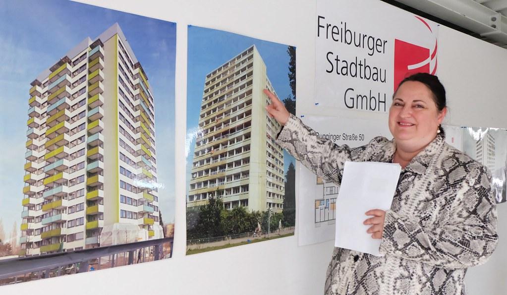 弗萊堡房屋公司專案經理Renate Bräu嗅出Bugg 50的今日(左)與過去(右圖)。陳文姿攝。