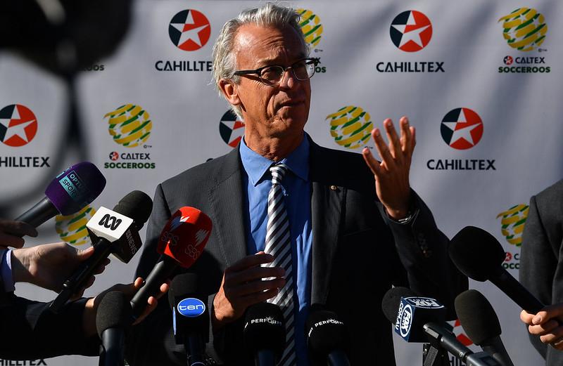 澳洲足協理事長David Gallop在2018年5月15日於雪梨與媒體談話。(AFP授權)