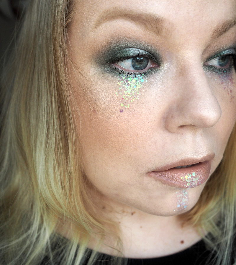 glitter makeup meikki glitternisti nyx