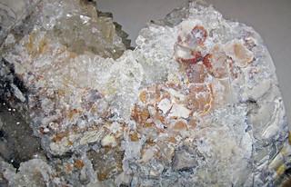 Quartz Lining Flint Breccia Floored Cavity In Flint Vanpo