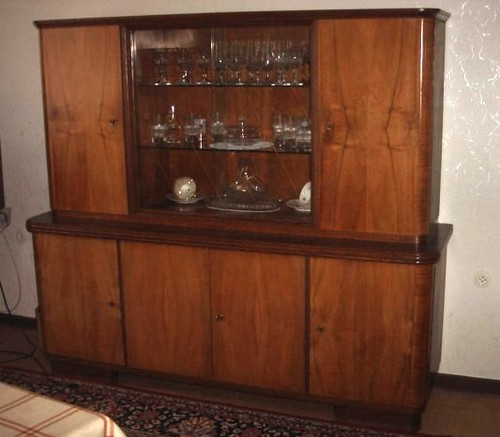 wohnzimmerschrank ohne deko 50er jahre stil massiv holz flickr. Black Bedroom Furniture Sets. Home Design Ideas