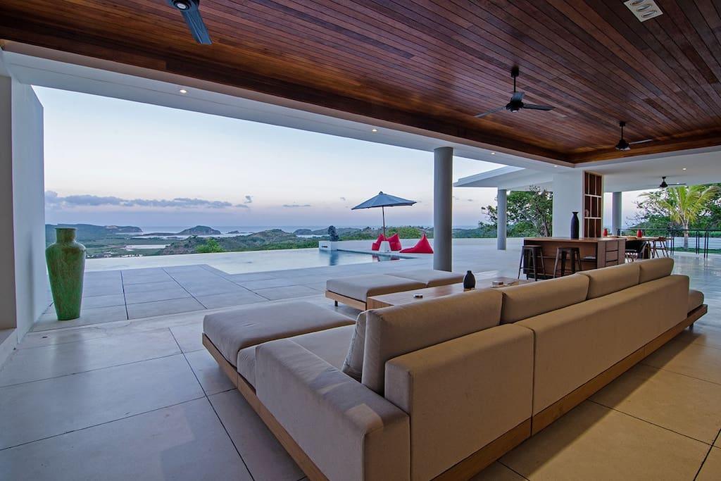 Airbnb_designervilla 4