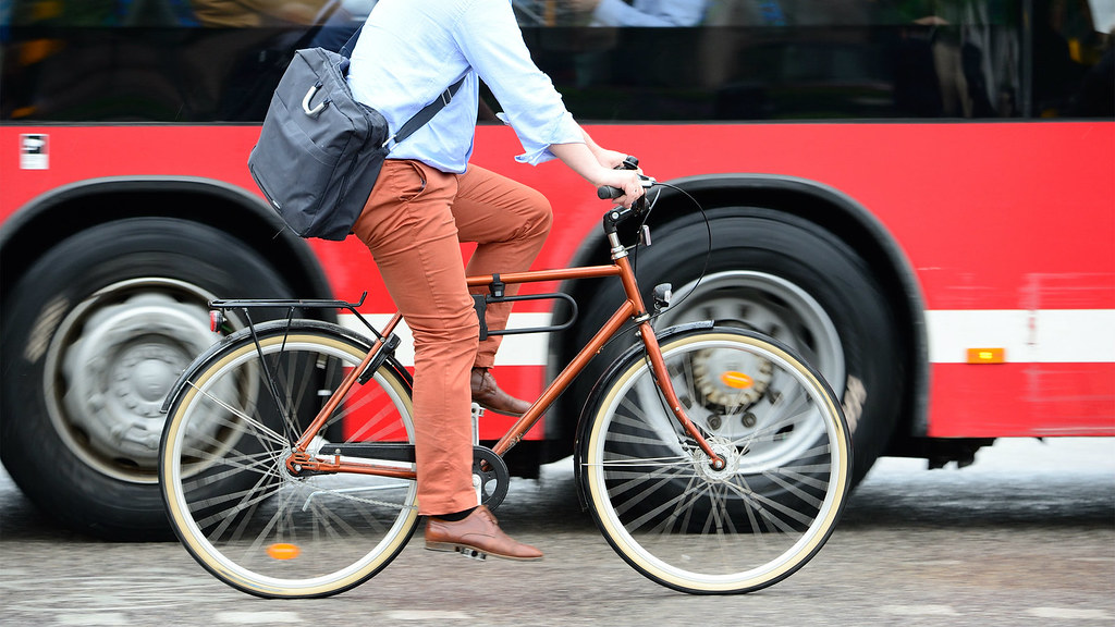 Our researchers analyse how a 'major event', such as an office relocation, could be used by organisations hoping to promote more sustainable travel options.