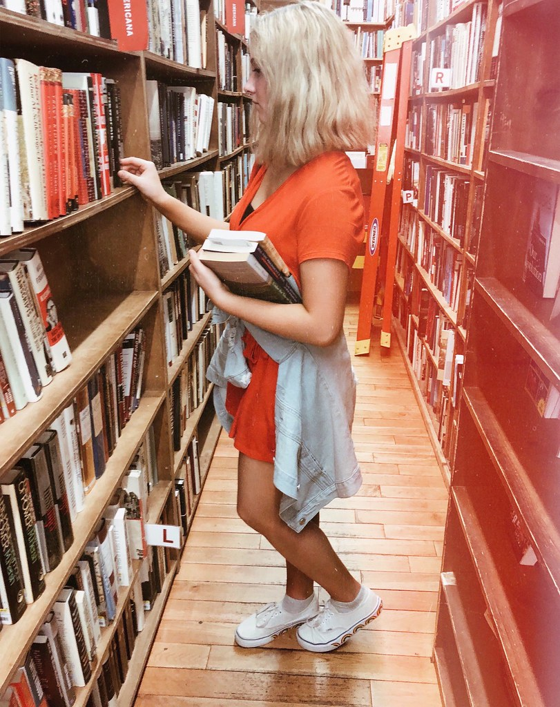 shopping in Strand Bookstore