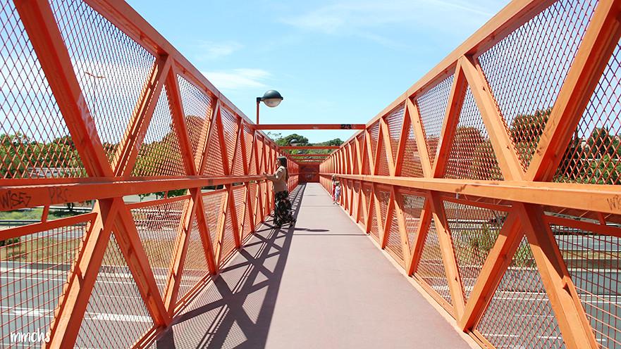 puente naranja en Valencia para fotos