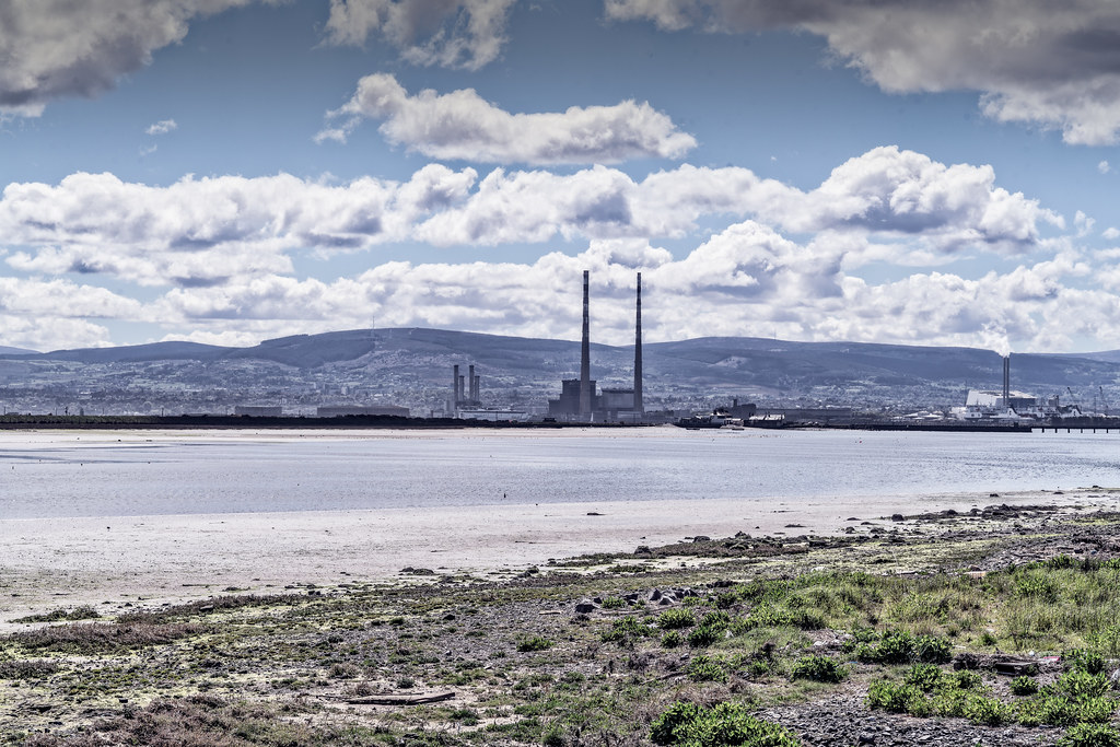 THE POOLBEG STACKS AS SEEN FROM CLONTARF 008