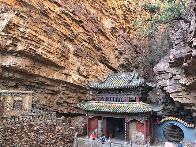 Templo de la Fortuna en las Montañas Cangyan (Hebei, China), parte de nuestra ruta por tierra entre Shanghai (China) y Lhasa (Tíbet)
