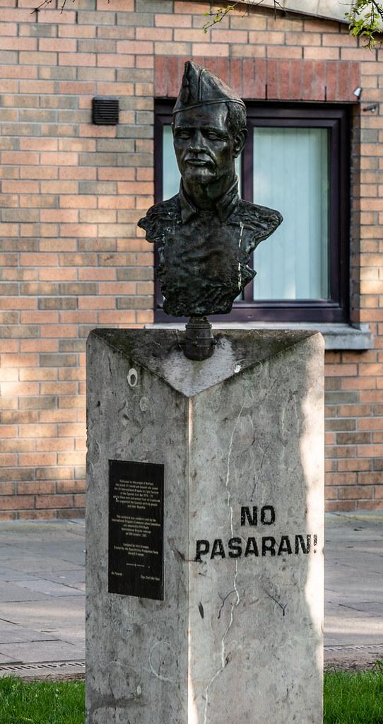 "THE XV INTERNATIONAL BRIGADE ""NO PASARAN""004"