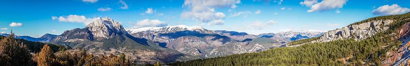 Panorámica del Parque Natural del Cadí-Moixerò desde el mirador de la Pleta de la Vila