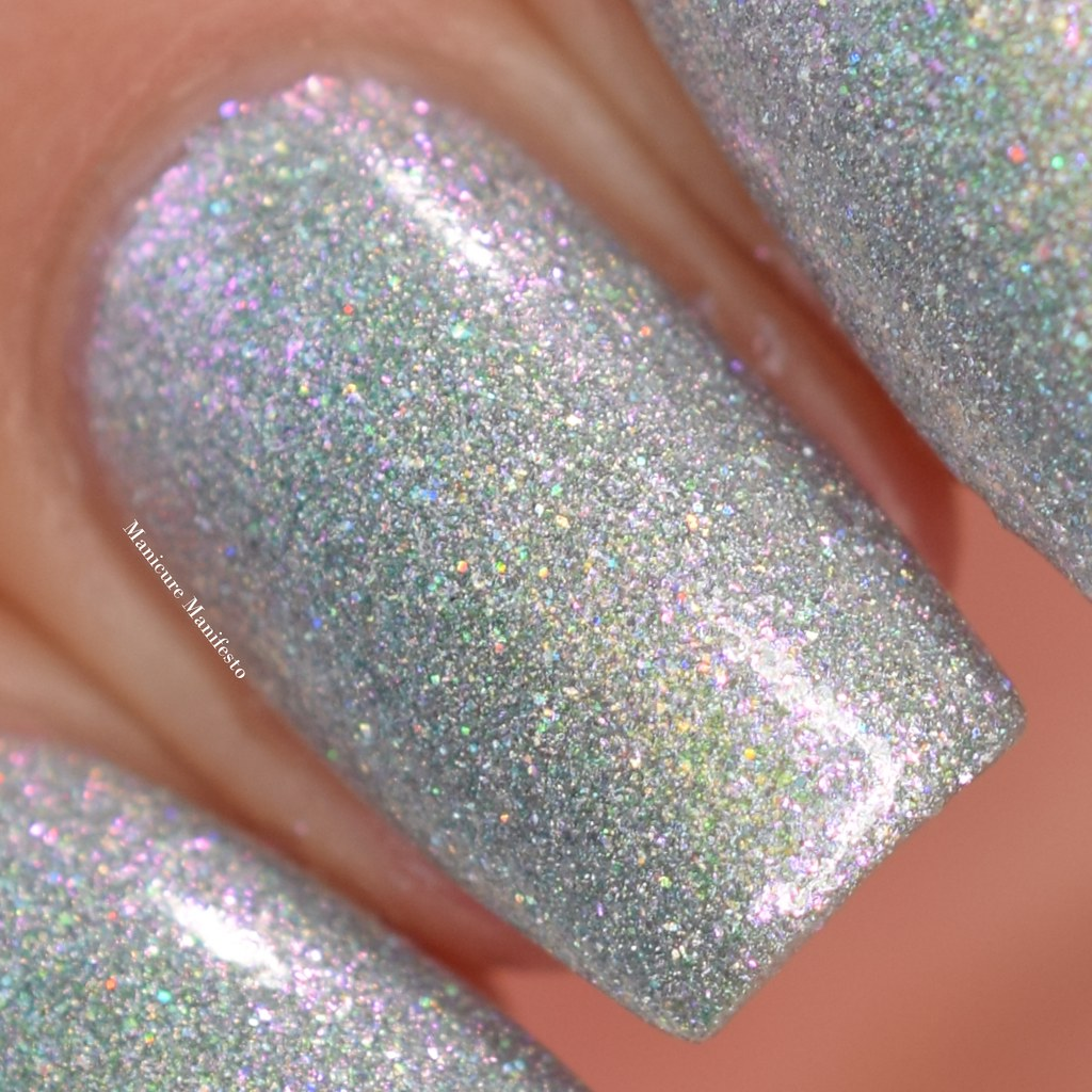Girly Bits Shell Yeah swatch