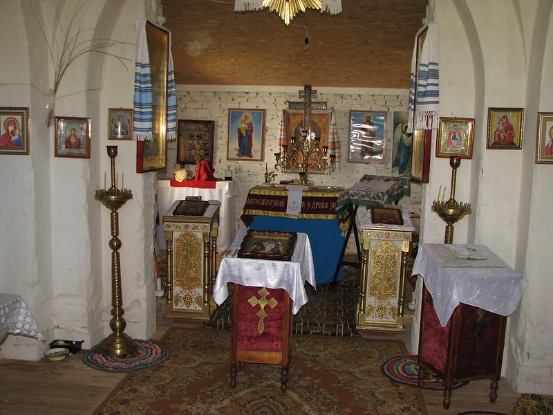 Екс-костел. Тепер - Успенський чоловічий монастир