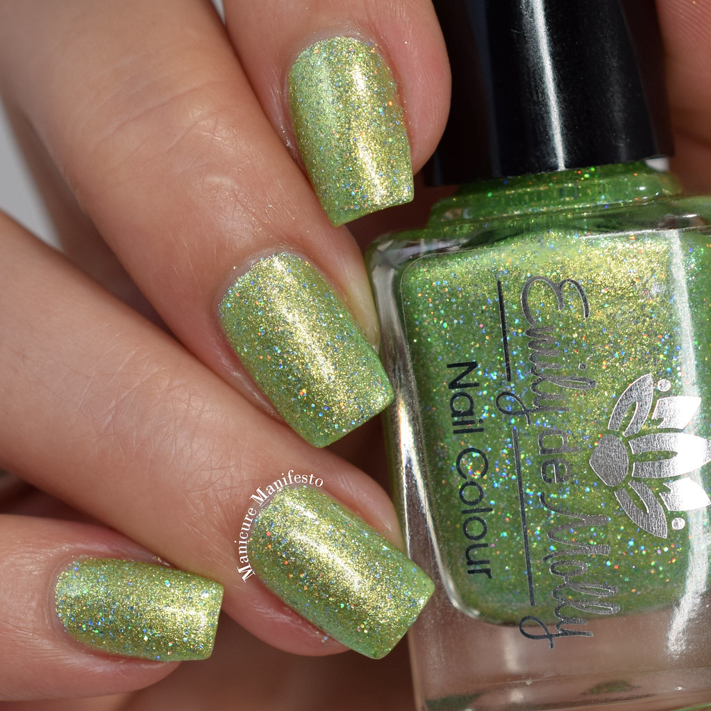 Emily De Molly Larger Than Life swatch