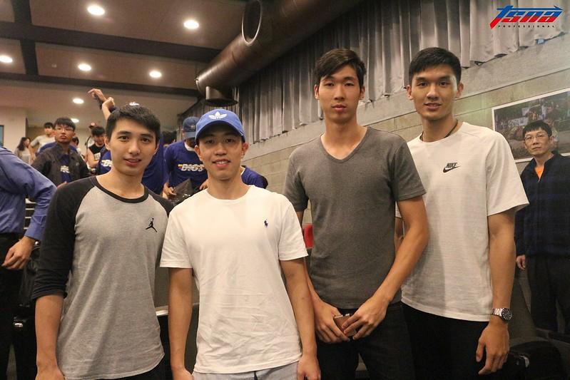 李漢昇(圖左起)、呂宗霖、范士恩與謝宗融出席記者會。(行大昀/攝)