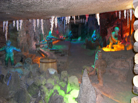 Enanos de jardin a 200 metros minas de sal qu for Enanos jardin