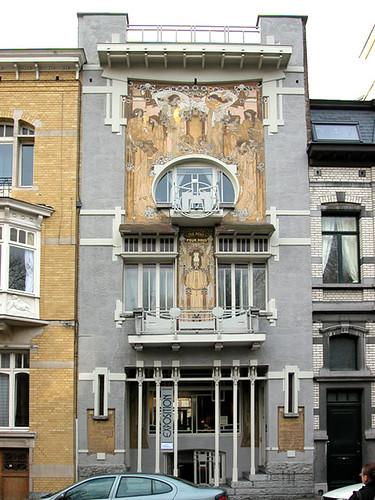 La fa ade de la maison cauchie bruxelles belgique flickr for Art maison la thuile