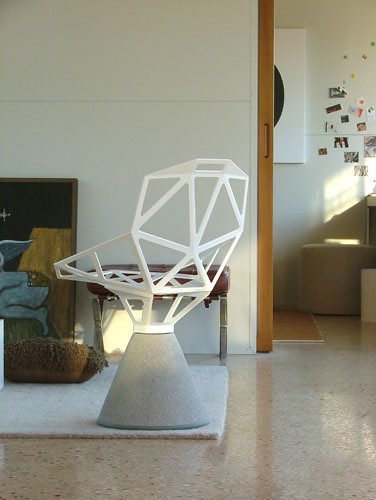 Chair One | Chair One by Konstantin Grcic. Concrete base (ye… | Flickr