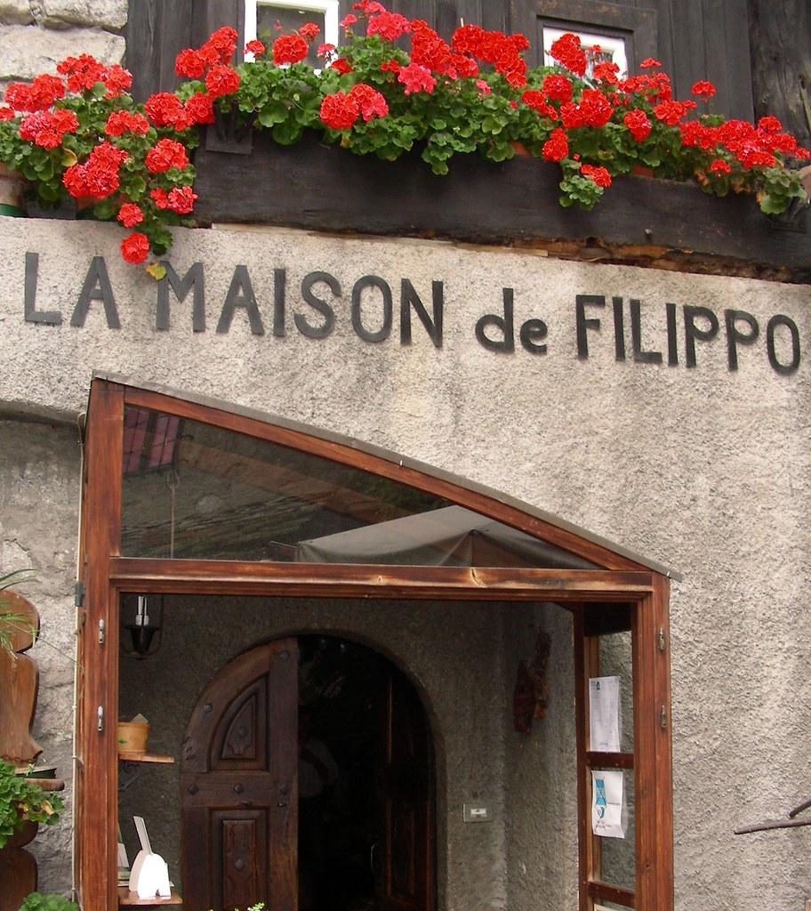 La maison de filippo entreves courmayeur italy ale roots flickr - La maison du convertible nice ...