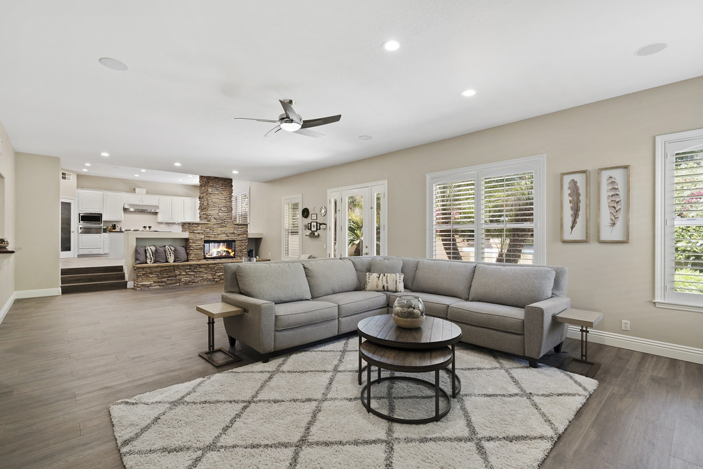 7573 E Endemont Court | Open House Sat 6/16 from 1-4pm