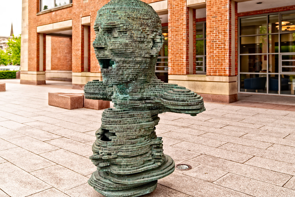"""THE SCULPTURE """"ECO"""" BY MARK DIDOU  002"""