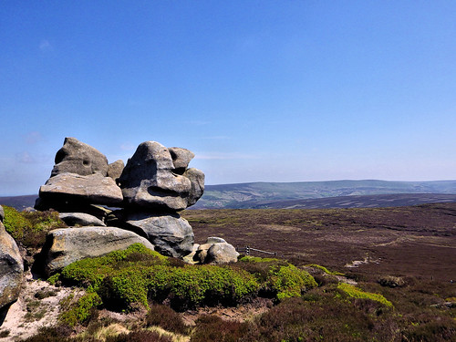 Gritstone formation with Round Hill beyond