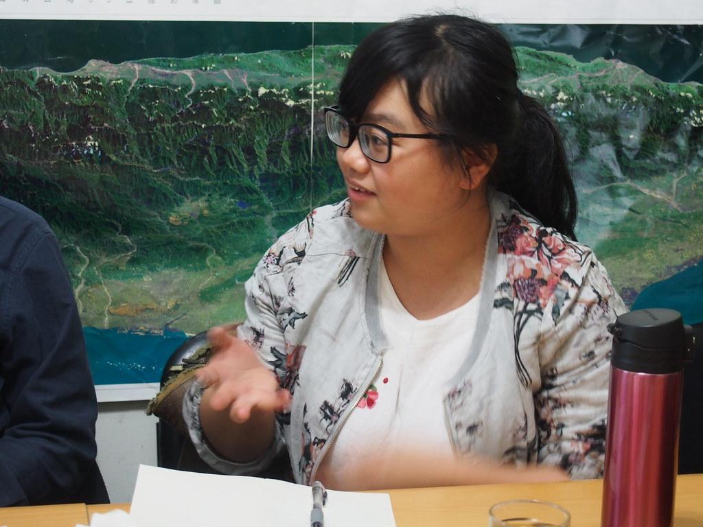田倩在台灣與在地環保組織進行交流。攝影:陳宣竹。