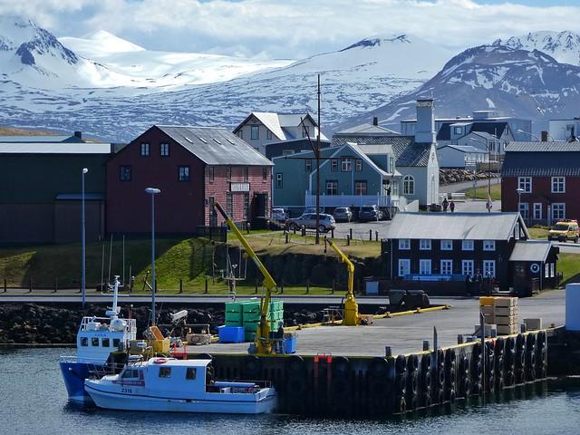 Puerto de Stykkisholmur, uno de los lugares imprescindibles que ver en Snaefellsnes (Islandia)
