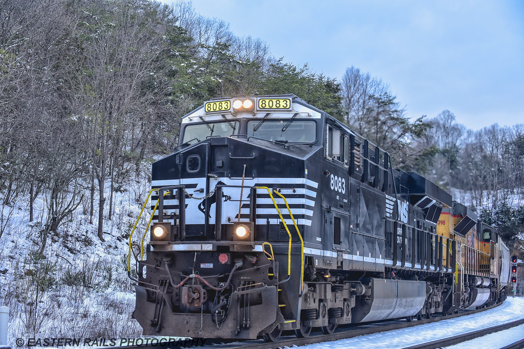 Weekend Photos - 5/25/18 - Model Train Journal