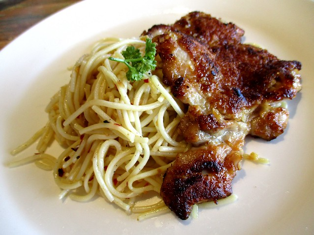 Wow Wow West aglio olio spaghetti with grilled chicken