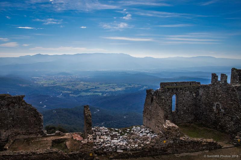 Breda y el Montnegre desde el Castell de Montsoriu