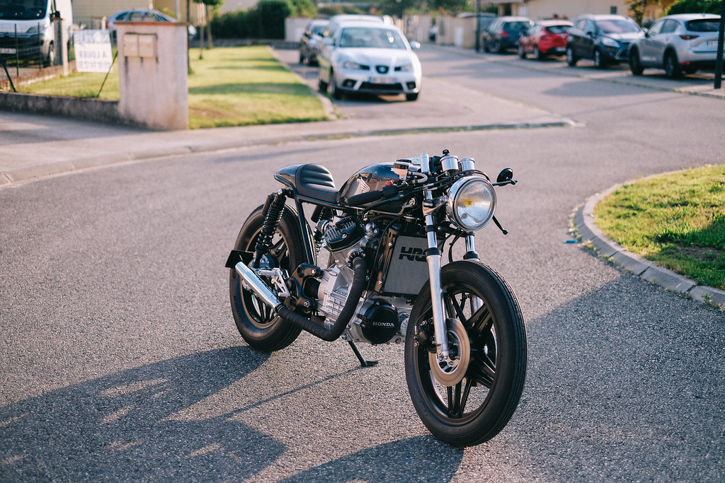 Promis, ce sera un beau CX racer ! - Page 8 41496671464_4afb2478a1_b
