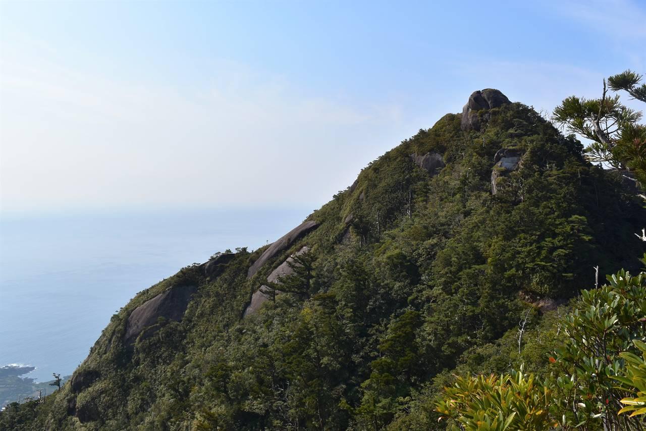 モッチョム岳山頂へ