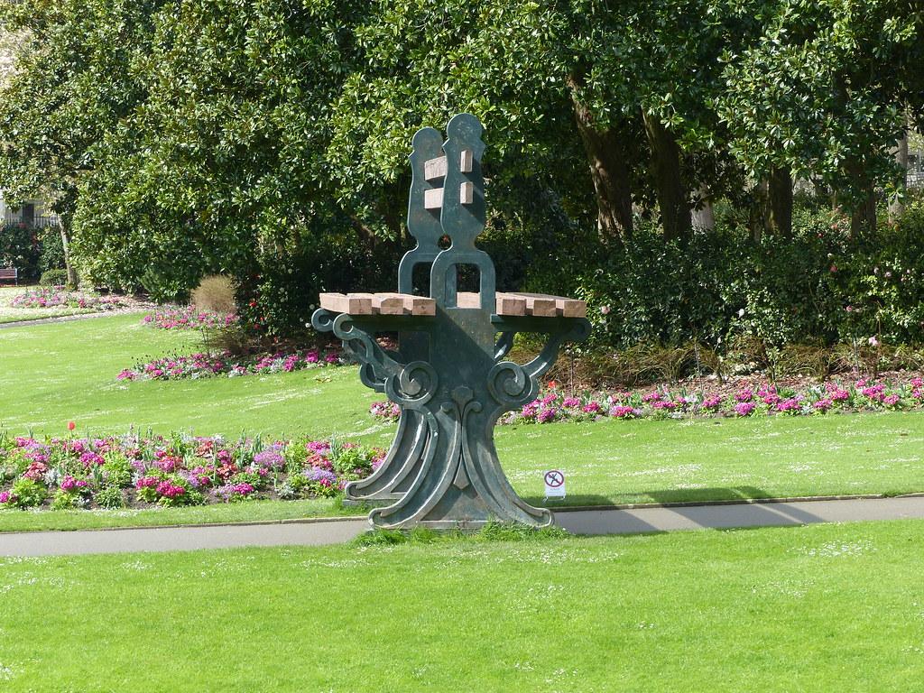 Nantes Loire Atlantique Jardin Des Plantes Le Banc Gean Flickr