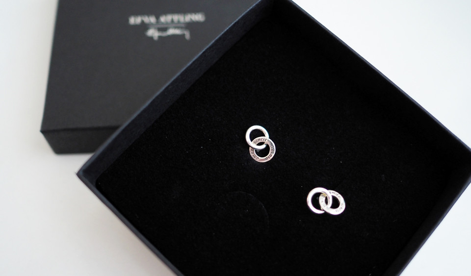 efva attling mini twosome earrings