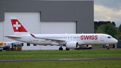 BD-500-1A10-CS300_HBJCH_SWISS AIRLINES_EHBK_180430 | by leo hm remmel