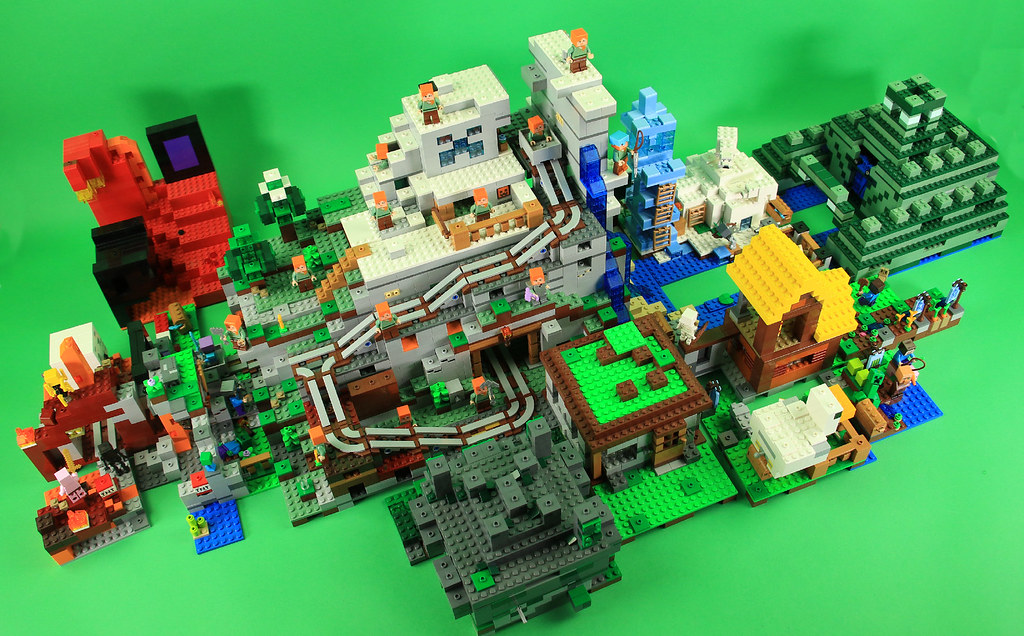 Lego Minecraft Sets 2018 >> LEGO Minecraft 2018 sets combined - Plus some 2017 sets | Flickr