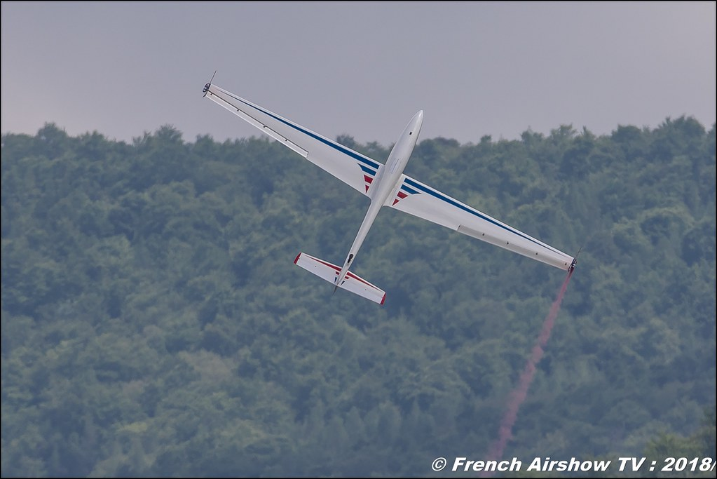 Swift S-1 - 108 - F-CHBA Voltige planeur avec Daniel SERRES , Meeting Aérien Gap-Tallard 12 mai 2018 - Alpes-Envol , Association AGATHA Canon EOS , Sigma France , contemporary lens , Meeting Aerien 2018