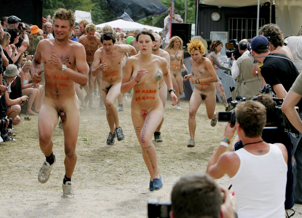 free-video-naked-runners